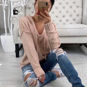 Kallen Sweater in Light Rose ekattire